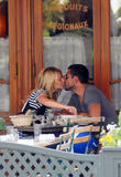 Kelly Ripa and her husband Mark Consuelos enjoy a romantic lunch - July 1, 2008 - 12x