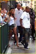Candids 2010 - Page 8 Th_69097_beyonce_lure_jay_z_07_122_486lo